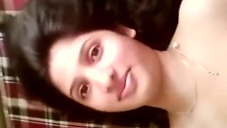 BEAUTIFUL INDIAN WIFE FILMED NAKED BY HUBBY